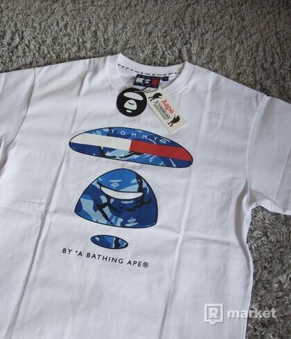 Aape x Tommy Hilfiger tričko