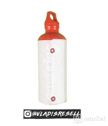 Supreme Sigg 0.6L Traveller Water Bottle