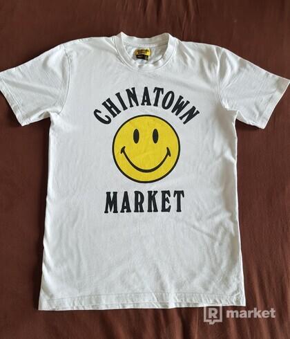 Chinatown Market Smiley Tričko