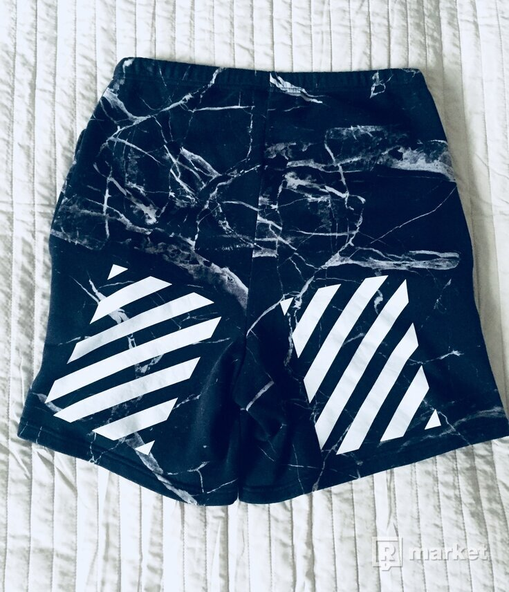 Off-White Black marble shorts
