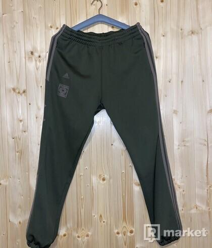 Adidas yeezy pants