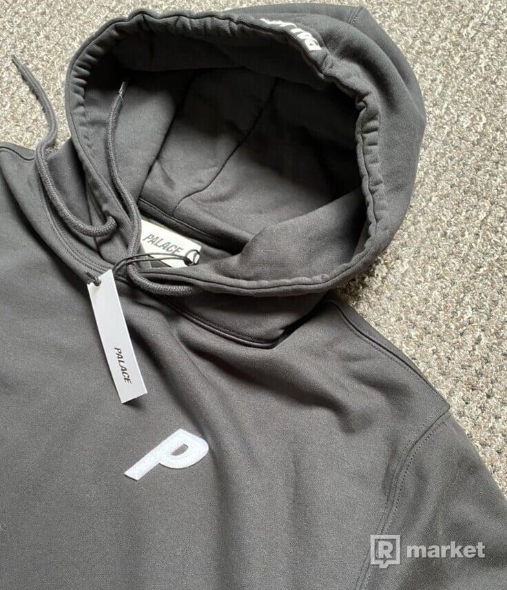 Palace felt p hoodie black