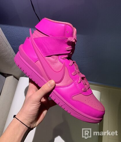 Nike ambush fuschia
