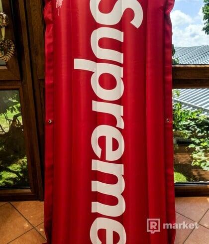 Supreme Inflatable Raft Box Logo