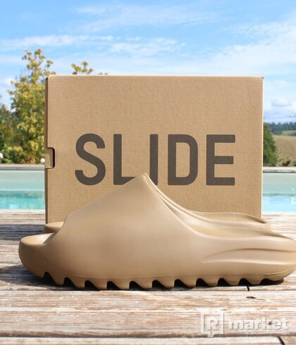 Yeezy Slide Core