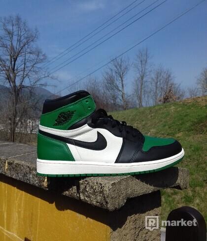 1 Pine Green