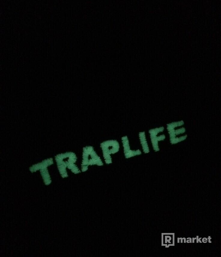 Čierna mikina TRAPLIFE