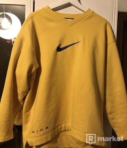 Nike vintage crewneck M
