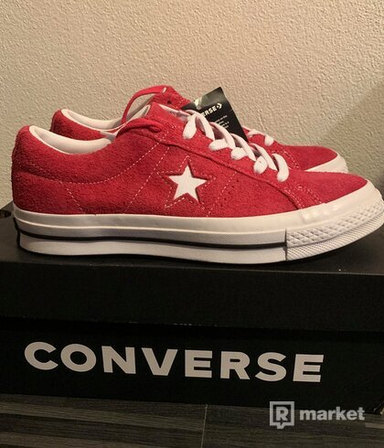 Converse One Star red