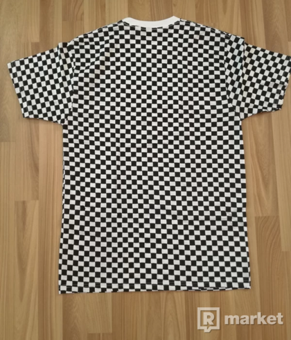Supreme/Hanes Checker tagless tees