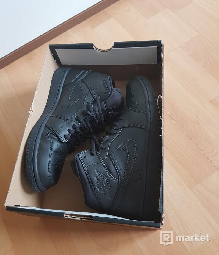 Nike Air Jordan 1 Mid