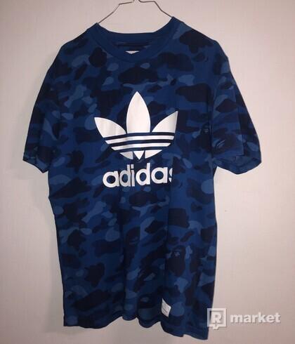 A BATHING APE x Adidas adicolor Tee Blue