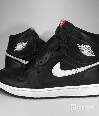 "Air Jordan Retro 1 High OG ""Yin Yang"" Black"