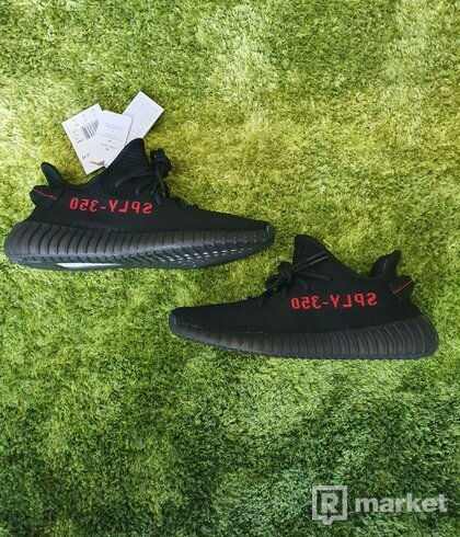 Yeezy boost 350 BRED