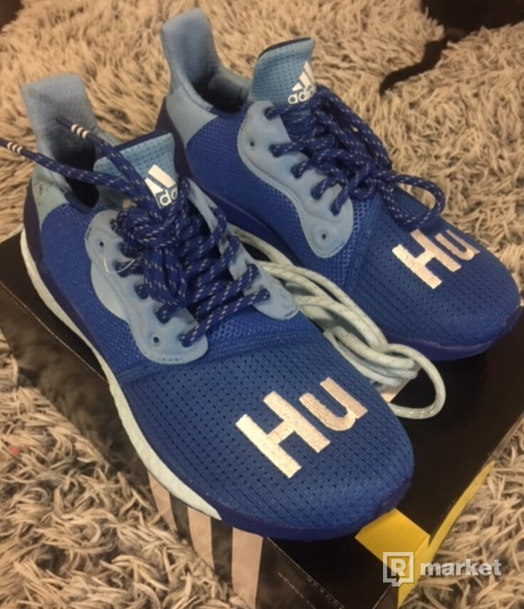 PHARRELL WILLIAMS X ADIDAS SOLAR HU modré