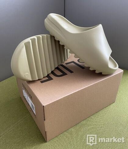 adidas Yeezy Slide Resin 43