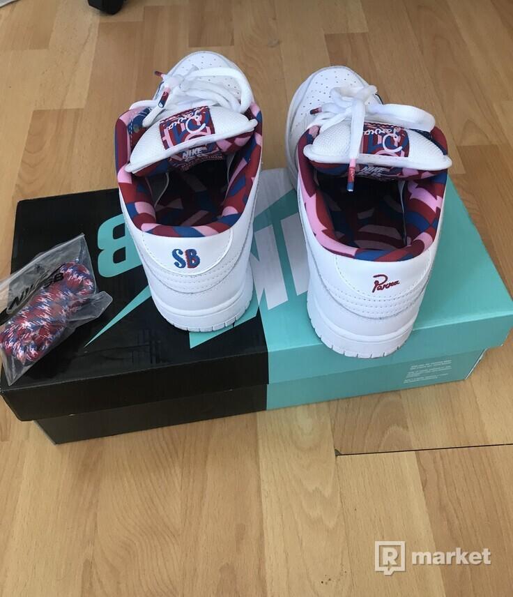 Nike SB Dunk Low OG QS x Parra
