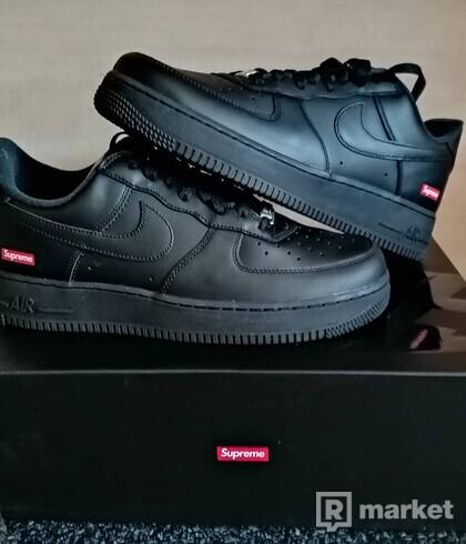 Nike AF1 x Supreme