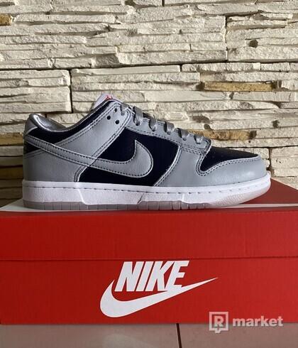 Nike dunk low NAVY