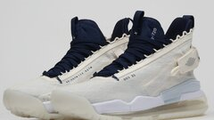 Jordan proto max720 Nike air f orce 1  size44
