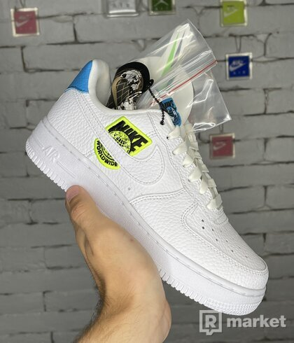 Nike AirForce 1 WorldWide W