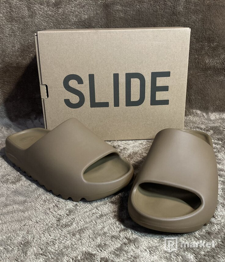 Adidas Yeezy Slides Core