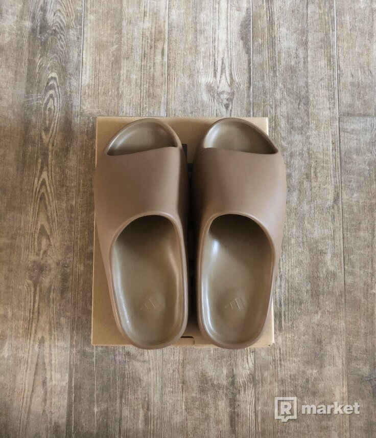 adidas Yeezy Slide Core