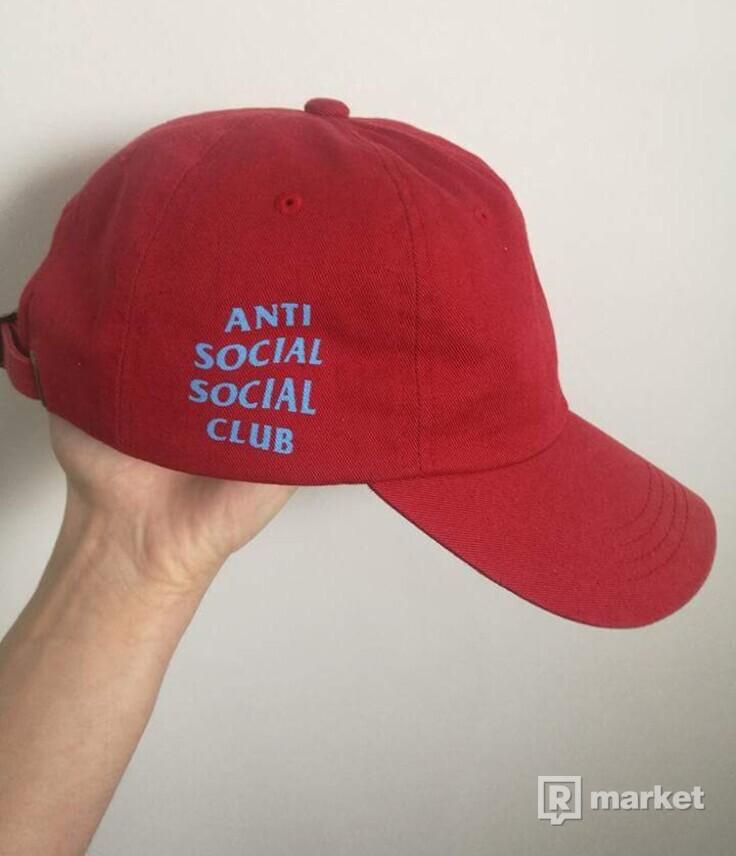 Assc red cap