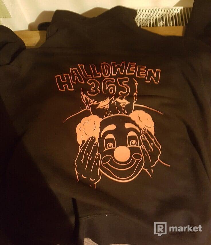 Freak 365 halloween 9/10