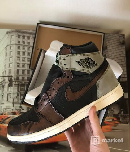 "Air Jordan 1 ""Patina"""