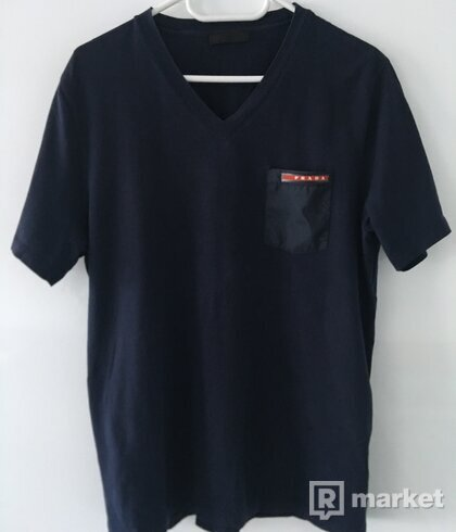 Prada V-neck navy tee