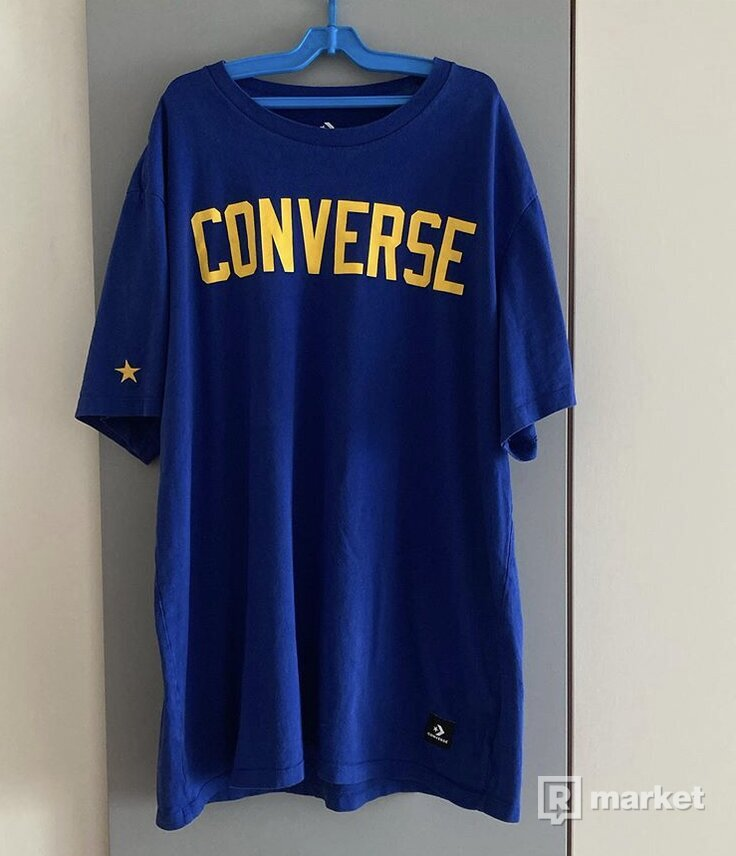 Converse tee