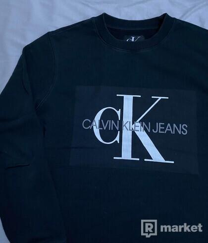 Calvin Klein Crewneck