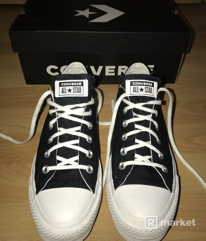 CONVERSE - Love yourself first