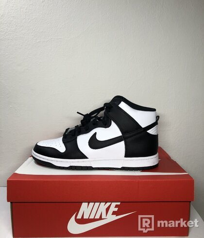 Nike dunk high black-white panda