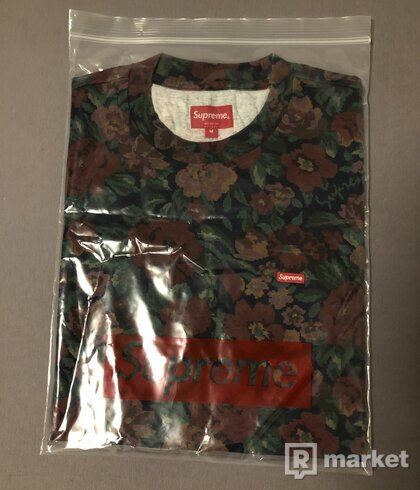 Supreme small box tee digi flora