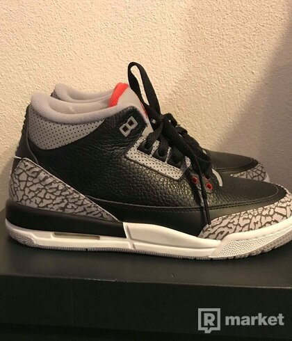 Air Jordan 3 black cement retro