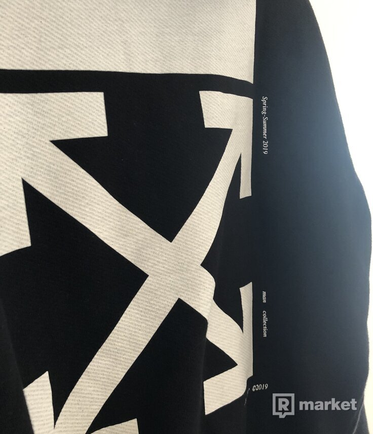 OffWhite kiss hoodie