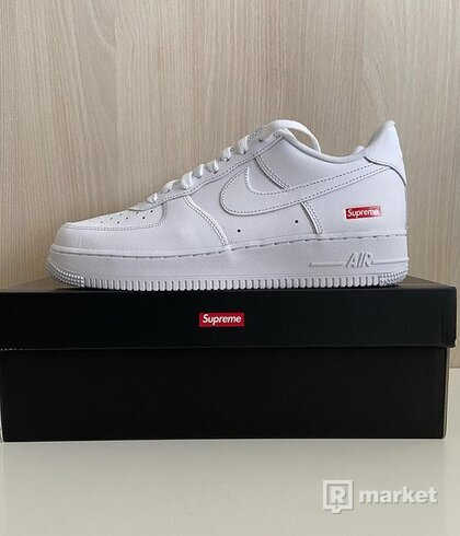 "Nike Air Force 1 x Supreme ""White"""