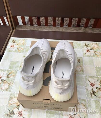 Adidas Yezzy 350 V2 cream white