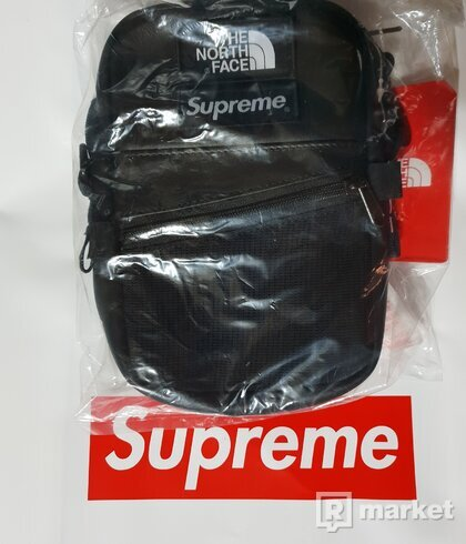 Supreme x The North Face Leather Shoulder Bag