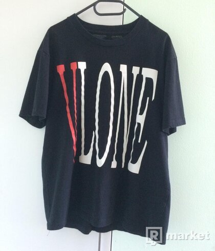 Red VLONE tee, size XL, stav 9/10