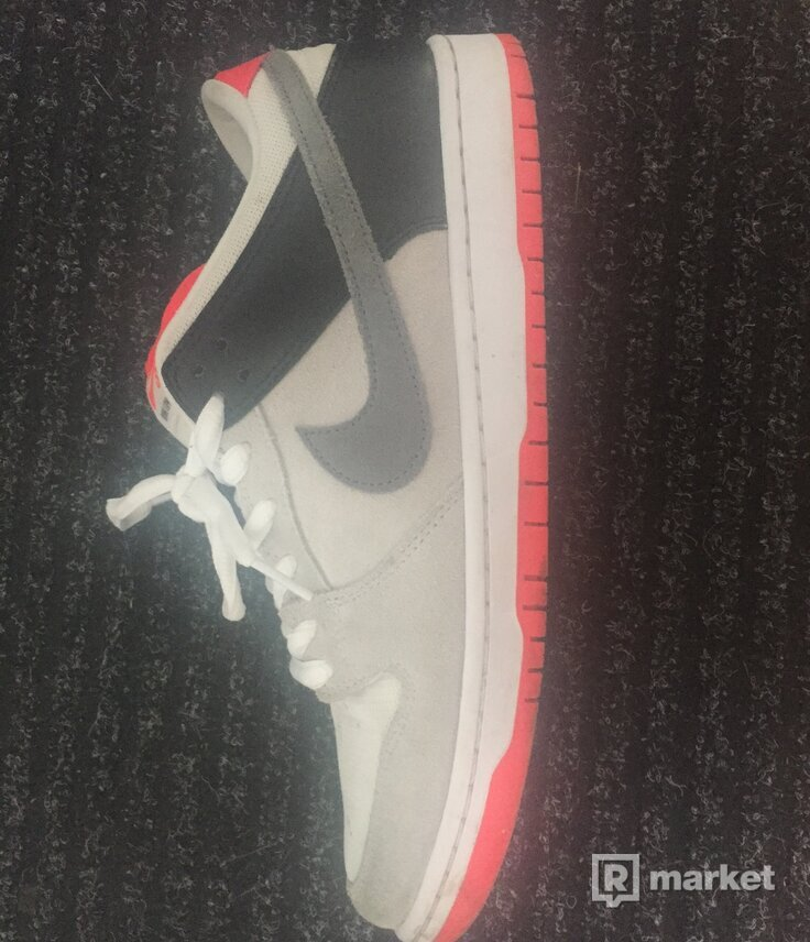 WTS nike SB dunk low inferno