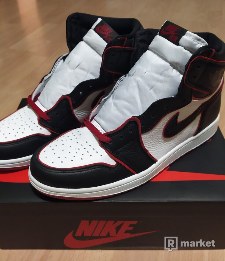 Jordan 1 Bloodline