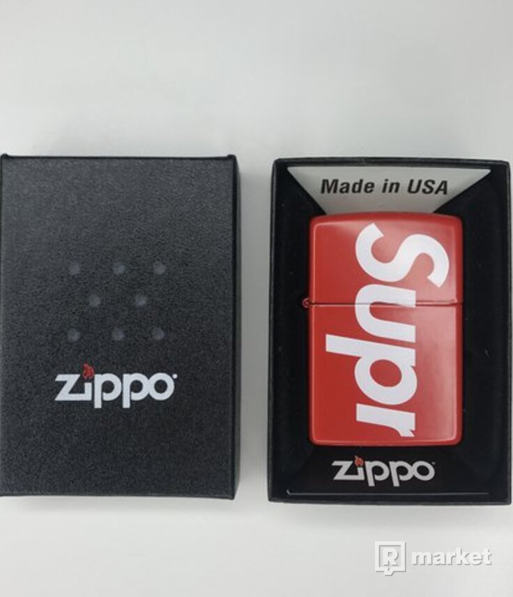 Supreme Zippo