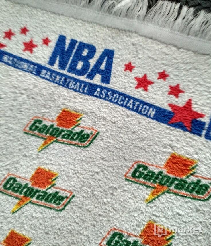 VINTAGE GATORADE-NBA TOWEL