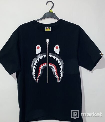 BAPE City Camo Shark tee