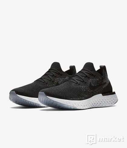 Nike Epic React Flyknit   EU 44