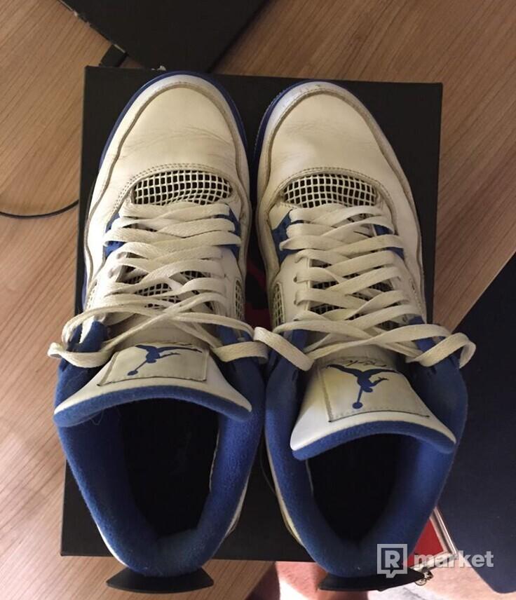 Air Jordan Retro 4 (Motosport)