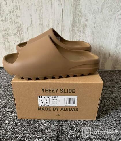Yeezy Slide Core (US8)